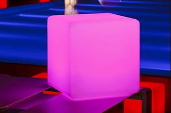 m3-cube-assise-location-decoration-lumineuse-geneve-small.jpg